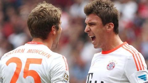 Mario Mandzukic celebrates Bayern Munich's winner