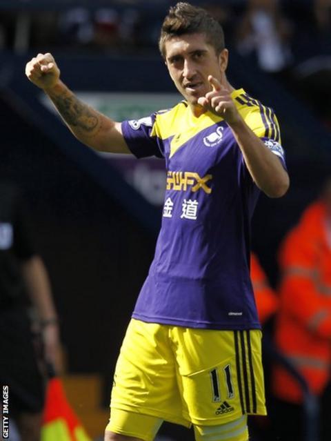 Pablo Hernandez celebrates scoring