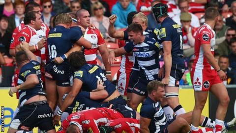 Sale celebrate beating Gloucester