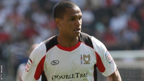 Mathias Doumbe