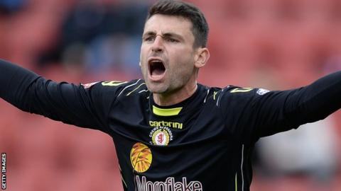 Crewe keeper Steve Phillips