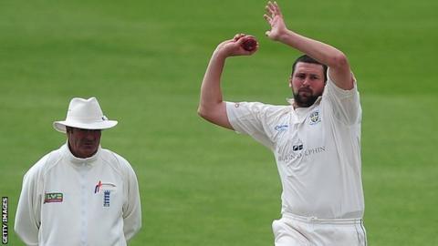 Steve Harmison bowling for Durham