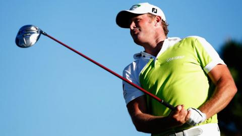 Jamie Donaldson is three behind Portugal Masters leader David Lynn of England following the second round at the Oceanica Victoria club in the Algarve