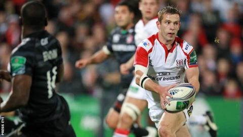 Ulster scrum-half Paul Marshall on the attack against Leicester at Ravenhill