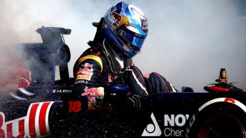 Jean-Eric Vergne suffers a fire in his Toro Rosso