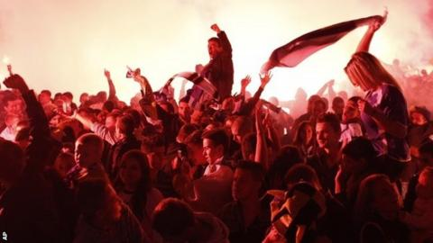Bosnia-Hercegovina fans celebrate after their qualification for the World Cup finals