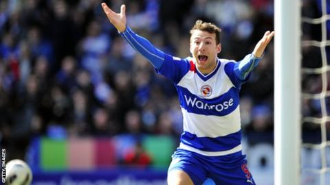 Reading striker Adam Le Fondre