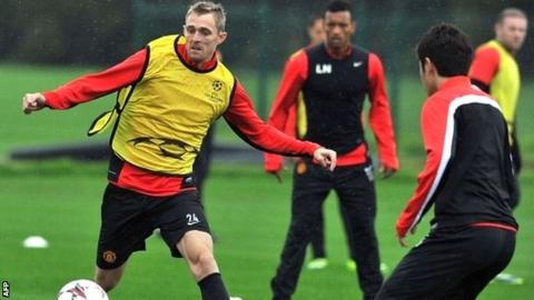 Manchester United's Darren Fletcher in training at Carrington