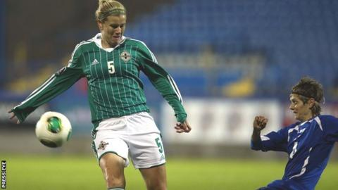 NI's Julie Nelson is challenged by Amira Spahic