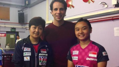 Mark Beaumont meets Jing Jun Hong and Isabelle Li