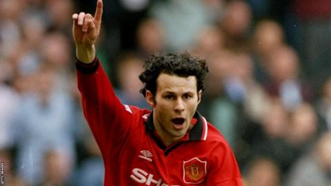 Ryan Giggs scores for Manchester United against Manchester City during the 1995-96 season
