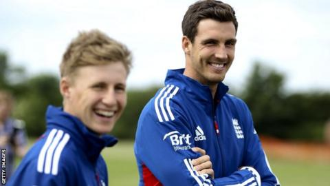 England cricketers Joe Root (left) and Steven Finn