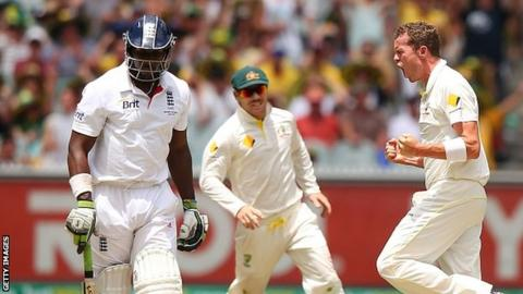 Peter Siddle celebrates Michael Carberry's wicket