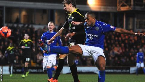 Steve Williams levels for Macclesfield against Sheffield Wednesday.