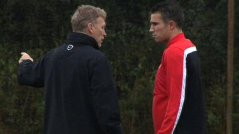 Manchester United manager David Moyes and forward Robin Van Persie