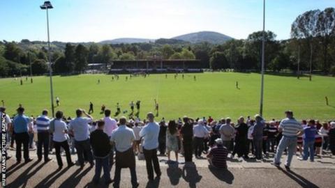 Fans watching Pontypool in action at Pontypool Park