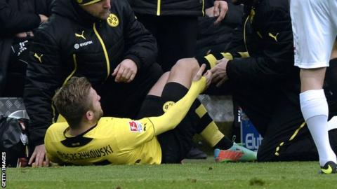Jakub Blaszczykowski suffers suspected cruciate ligament injury
