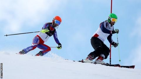 GB skiers Jade Etherington and Caroline Powell