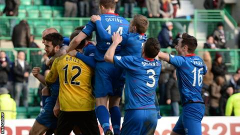 Inverness beat Hearts on penalties to reach the League Cup final