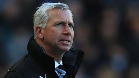 Alan Pardew apologises following his sending-off for head-butting Hull City's David Meyler at the KC Stadium.