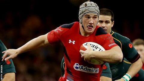Jonathan Davies in action against South Africa the last time he played for Wales in November 2014