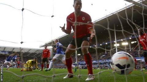 Seamus Coleman scores Everton's winner