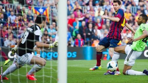 Barcelona v Osasuna