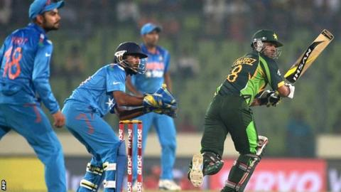 Action from an Asian Cup meeting between India and Pakistan in Dhaka