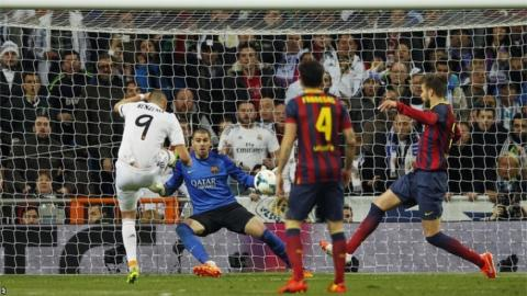Karim Benzema scores his second
