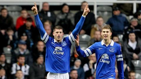 Newcastle 0-3 Everton: Roberto Martinez says Ross Barkley talent rare