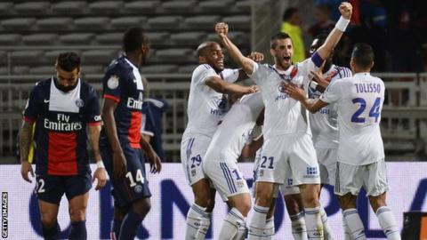 Lyon v Paris St-Germain
