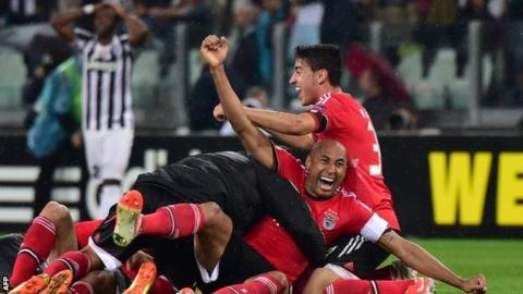 Benfica celebrate beating Juvetus