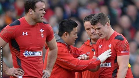 Scott Williams receives treatment after injuring his shoulder in the 2014 Six Nations match between Wales and Ireland