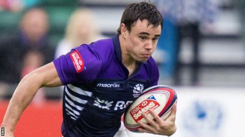 Lee Jones in action for Scotland 7s