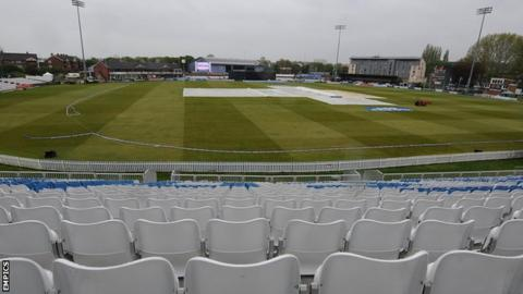Rain at Derby