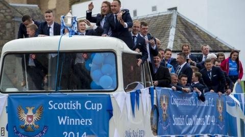 St Johnstone's open-top bus parade