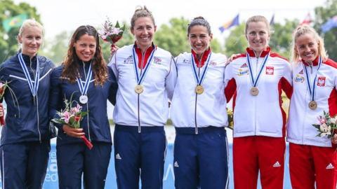 Angela Hannah and Jess Walker win gold