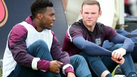 Daniel Sturridge (l) and Wayne Rooney