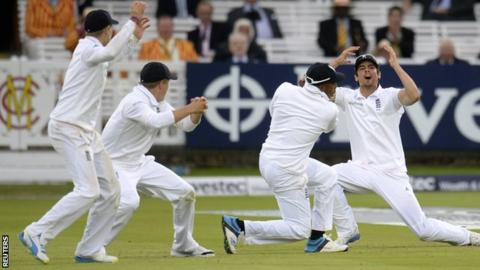 Alastair Cook and the England fielders react after an edge off the final ball falls just short of second slip