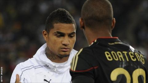 Ghana's striker Kevin-Prince Boateng (L) shakes hands with Germany's defender Jerome Boateng