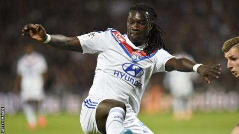 New Swansea striker Bafetimbi Gomis