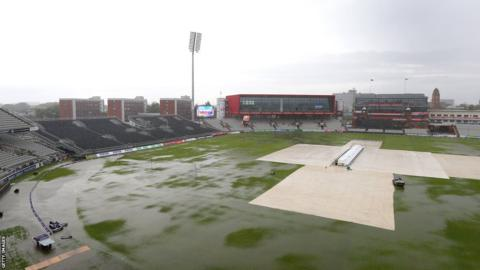 Glamorgan's T20 Blast quarter final against Lancashire at Old Trafford was washed out after heavy rain on Friday.