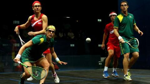 Australia's Rachael Grinham and David Palmer beat England's Peter Barker and Alison Waters