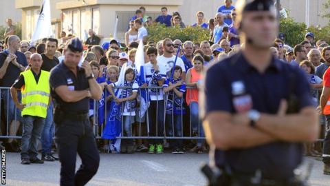 Trouble outside the Bastia-Marseille game