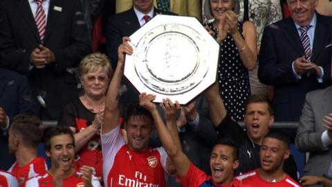 Arsenal lift the Community Shield