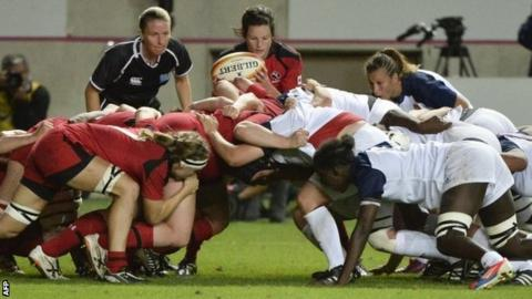 Canada v France in a scrum