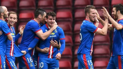 Inverness CT's Aaron Doran celebrates his goal