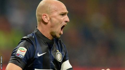 Esteban Cambiasso in action