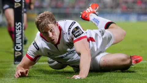 Andrew Trimble scores Ulster's fourth try in the 33-13 Pro12 win over Zebre at Kingspan Stadium