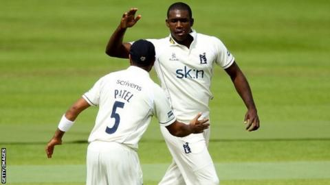 Warwickshire pair Keith Barker and Jeetan Patel